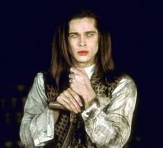 Interview with a Vampire. Is it just me, or does Brad Pitt is better suited as a vampire? Vampire Photo, Vampire Love, Brad Pitt Interview, Bradd Pitt, Abraham Lincoln Vampire Hunter, Lestat And Louis, The Vampire Chronicles, Hot Vampires, Famous Vampires