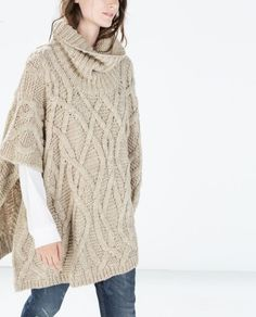 I have this poncho I got mine at Banana Republic Outlet Knitted Cape, Knitted Shawls, Pull Torsadé, Cable Knitting Patterns, Thick Sweaters, Knit Fashion, Pullover, Sweater Weather, Cardigans For Women