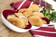 Receita de rissóis de carne. Descubra como preparar esta receita de rissóis de carne de maneira deliciosa e prática com a TeleCulinária.