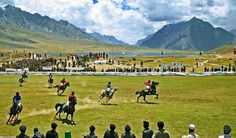 King of games! Between the mountains of the mighty Hindukush. Shandur in Pakistan is the highest polo playing field in the world! All the riders and photographers of Pakistan feel free to share with us your horse moments. Polo Grounds, Gilgit Baltistan, Polo Match, Home Team, Horse Love, Horseback Riding, Maldives, Southeast Asia, Laos