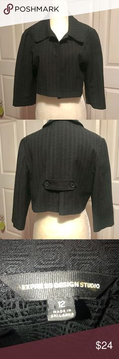 "💋Express Design Studio-Cropped Blazer Size 12, Express Design Studio, embossed cropped blazer. Excellent condition, no flaws. Express' higher end line of clothing. Dry clean only. Measurements  Jacket length 15.5"" Sleeve 17"" Pit to pit 21"" Materials 40% Cotton 39% polyester 1% Lycra Express Jackets & Coats Blazers"