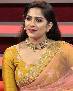 Beautiful Girl Dance, Beautiful Girl Indian, Beautiful Girl Image, Beautiful Saree, Beautiful Roses, Indian Natural Beauty, Indian Beauty Saree, Beauty Full Girl, Beauty Women