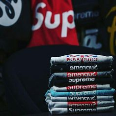 a8212740 Boy Clothing Brand, Supreme Clothing, Clothing Logo, New York Street Style,  New York Style, Supreme Bape, Teen Boy Fashion, All Black Outfit, Black  Outfits