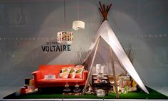 taking the outdoors, indoors or the indoors, outdoors, pinned by Ton van der Veer