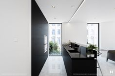 40 Beautiful Black & White Kitchen Designs   Home Decor Lately