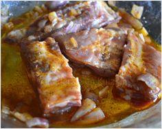 Travers de porc marinés cuits à la plancha - recette plancha Marinade Sauce, Ribs, Wok, Beef, Recipes, Foods, Sauces, Ornaments, Pig Kitchen