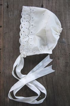 baby bonnet by Maker Mama, via Flickr