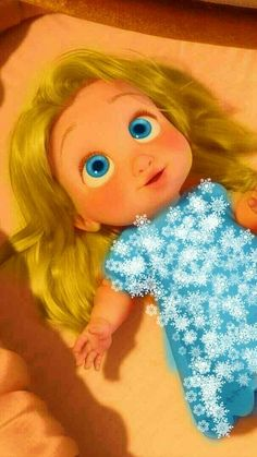 Emma 1 for adoption has snow powers and ice powers she would like a family Disney Wiki, Disney Up, Disney Rapunzel, Disney Frozen Elsa, Disney Family, Cute Disney, Disney Magic, Arendelle Frozen, Disney Ships