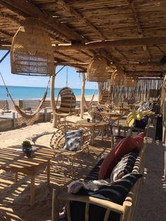 Style Surf, Pergola, Surf Lodge, Cafe Concept, Dream Beach Houses, Beach Cafe, Outdoor Restaurant, Farm Stay, Island Resort