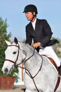 Two time World Championship Hunter Rider, winner of the USHJA Hunter Derby and EquestrianCoach.com alum.