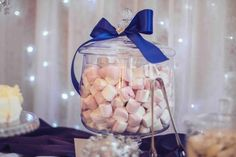 Svadobné koláčiky cupcakes wedding cakes candy bar koláče Wedding Cakes With Cupcakes, Candy, Bar, Breakfast, Food, Morning Coffee, Essen, Meals, Sweets