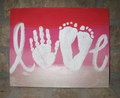 Make a Mother's Day craft with paint and your kid's hands and feet. Valentines Day For Mom, Valentines Day Decor Classroom, Valentine Day Crafts, Holiday Crafts, Christmas Gifts, Mothers Day Crafts Preschool, Hand Crafts For Kids, Fathers Day Crafts, Daycare Crafts