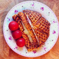 Madzvin : Toast ala LCHF med smag af tomat
