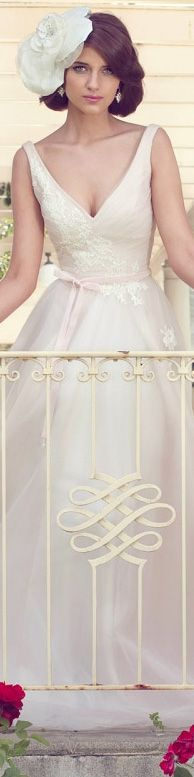 Karen Willis Holmes Wedding Dresses - Couture Bridal Collection #bride