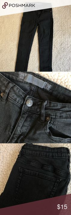 Brandy Melville Black High-Waisted Skinny Jeans One Size Fits All, Brandy Melville Jeans.  Would estimate the waist size to be around a 26 or 27.  Worn a few times but in great condition. Brandy Melville Jeans Skinny