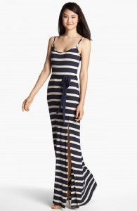 #maxi dress & #stripes http://xwalker.com/