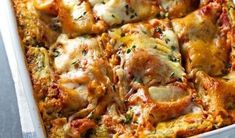 When it comes to comfort food, there is no greater combination than cheese and noodles. Take this dinnertime standby from good to great with these delicious lasagna recipes. A Food, Good Food, Food And Drink, Cookbook Recipes, Cooking Recipes, Food Network Recipes, Food Processor Recipes, Healthy Lasagna Recipes, The Kitchen Food Network