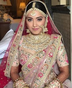 Indian Bridal Jewelry Trends 2019 - Fashion FoodyYou can find Indian bridal jewelry and more on our website. Indian Bridal Outfits, Indian Bridal Lehenga, Indian Bridal Fashion, Indian Bridal Makeup, Indian Bridal Wear, Bridal Dresses, Indian Bridal Jewelry, Sabyasachi Lehenga Bridal, Indian Fashion Trends