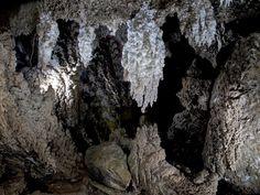Almeria cueva del yeso, karstica