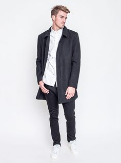 Jako elegán kamkoliv. Kabát Wemoto, kalhoty Zanerobe, košile RVLT, sneakers Adidas Originals. Adidas Originals, The Originals, Sneakers Adidas, Bomber Jacket, Normcore, Jackets, Style, Fashion, Down Jackets