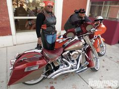 Baggers And The Chicago African American Biker Culture Side View