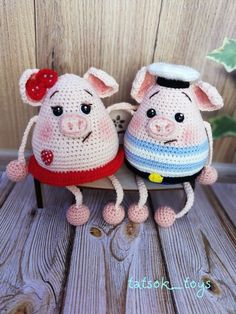 We have put together the most beautiful amigurumi knitting toy models.Beautiful amigurumi knitting patterns that you can enjoy with pleasure. Crochet Pig, Crochet Animals, Sewing Stuffed Animals, Stuffed Toys Patterns, Knitted Dolls, Crochet Dolls, Crochet Patterns Amigurumi, Baby Knitting Patterns, Amigurumi Doll Pattern