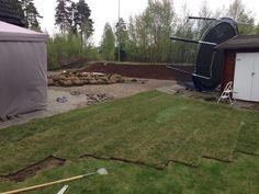 #Ferdigplen legges etter at hagen er planert.