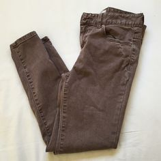 Free People High Waist Ankle Skinny Size 26! High waist and the length reaches the ankle. So if you're a short gal these would probably be perfect for you! Free People Jeans Ankle & Cropped