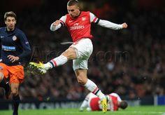 Arsenal v Montpellier - #Podolski's amazing strike to put #Arsenal 2 - 0 up on the night