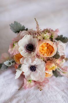 29 Best Wedding Bouquet : Blush Pink and Ivory Garden Rose Dahlia and Peony Wedding Bouquet Ideas - weddingtopia Peony Bouquet Wedding, Bridal Flowers, Blush Bouquet, Mod Wedding, Dream Wedding, Yellow Wedding, Wedding Story, Trendy Wedding, Garden Wedding