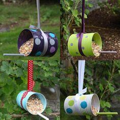 Diy bird feeders from tin cans diy's blechdosen, vogelfutterhaus, futt Tin Can Crafts, Bird Crafts, Garden Crafts, Recycled Crafts, Diy And Crafts, Crafts For Kids, Recycled Clothing, Recycled Fashion, Coffee Can Crafts