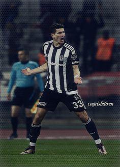 Mario Gomez Mario Gomez, Football, Sports, Tops, Fashion, Soccer, Hs Sports, Moda, Fashion Styles