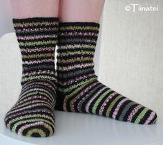 Knitting;  Aslak-socks Socks, Knitting, Fashion, Hosiery, Moda, Tricot, Cast On Knitting, Fasion, Stockings