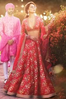 Raw silk lehenga choli in custom colors and sizes Sabyasachi Lehenga Bridal, Raw Silk Lehenga, Indian Bridal Lehenga, Indian Bridal Wear, Indian Wedding Outfits, Pakistani Bridal, Bridal Outfits, Indian Outfits, Bridal Dresses