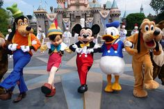 Want To Play A Disney Character? | 15 Secret Disney Employee Rules |