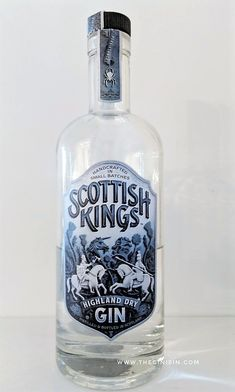 Gin Bottles, Vodka Bottle, Scottish Gin, Gin Tasting, Drink Me, Going To The Gym, Packaging Design, Cocktails, Water