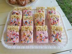 School Birthday Treats, 2nd Birthday Party For Girl, Donut Birthday Parties, Girl Birthday Themes, Donut Party, First Birthday Cakes, Birthday Cookies, Birthday Ideas, Cake Chocolate