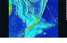La maggior parte della sua superficie è nascosta dal livello del mare. Nuova Zelanda, Nuova Caledonia e diversi gruppi di isole sono parte di una massa