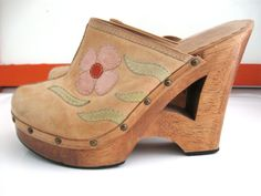 Pin by electric love company on ✻ shoes ✻ обувь, сабо 70s Shoes, Crazy Shoes, Sock Shoes, Cute Shoes, Shoe Boots, Shoes Heels, Footwear Shoes, Clogs Shoes, Hippie Shoes