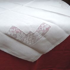 Vintage Linen Tablecloth Grape Pattern Lace Panels by FireflyRetro, $22.50