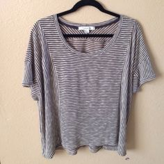 LAST CHANCE❗️Black & Beige Striped Knit Top Preloved top, small hole at top shoulder as shown in last pic, still in good condition. Great top to throw on to run errands for a casual look with leggings. ❌NO TRADES OR PAYPAL❌ PRICE IS FIRM EVEN IF BUNDLED Forever 21 Tops