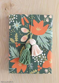DIY Yarn Tassel Packaging