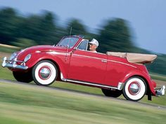 Amazing blog for Cars Wallpapers: Volkswagen New Beetle Red