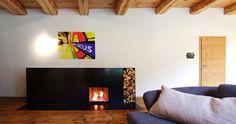 Moderne, bodentiefe Feuerstelle aus Stahl Modern Fireplace made of Steel