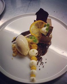 Structures of tonka. chocolate and Orange