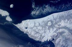 Earth's fractal branching patterns, Kamchatka Peninsula, Russia