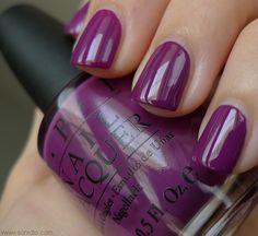sonidlo´s nail polishes: OPI Pamplona Purple vs Barry M Bright Purple