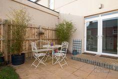 19 Hartley Hall Crescent, Greenisland, Carrickfergus #garden #prettycourtyard