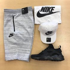 Good Evining Kingdom What do you prefer 1 or 2 ? Dope Outfits For Guys, Swag Outfits Men, Tomboy Outfits, Tomboy Fashion, Nike Outfits, Casual Outfits, Fashion Outfits, Mens Fashion, Tomboy Clothes