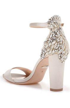 Embellished wedding shoes - Burgh Brides - Damen Hochzeitskleid and Schuhe! Wedding Shoes Bride, Bride Shoes, White Wedding Heels, Lace Wedding, Dream Wedding, Lace Bride, Nordstrom, Ankle Strap Sandals, Me Too Shoes